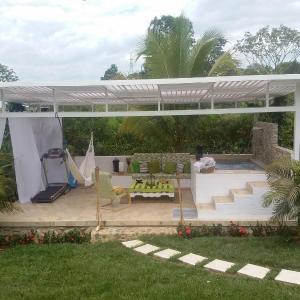 Hotel Pictures: El Ludus - Hosts, Jamundí