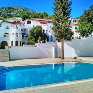 Hotel Pictures: Bellapais Holiday Villas, Bellapais