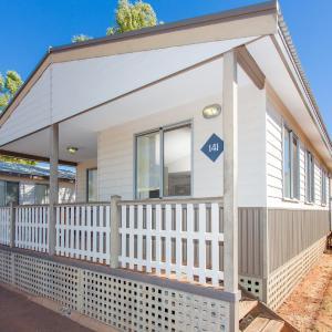 ホテル写真: Discovery Parks - Pilbara, Karratha, カラサ