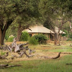 Foto Hotel: Koro River Camp, Mathathane