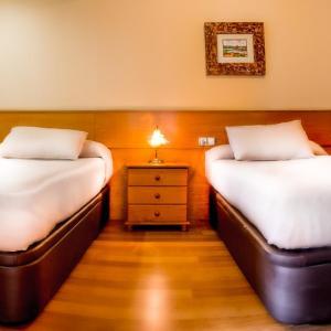 Hotel Pictures: Apartamento a la orilla del río en Ourense, Ourense