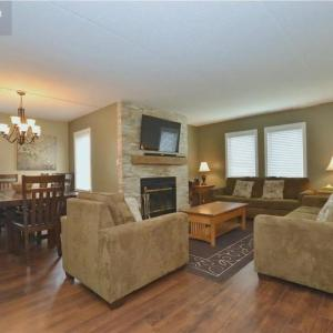 Hotel Pictures: Large ground floor condo at Mountain Walk, Blue Mountains