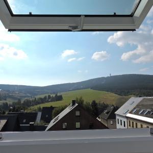 Hotelbilleder: Ferienwohnungen Haus Sebastian, Kurort Oberwiesenthal