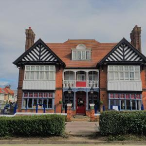 Hotel Pictures: Blyth Hotel, Southwold