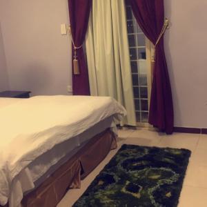 Fotos de l'hotel: Manazil Al Arab Furnished Units, Ahad Rafidah