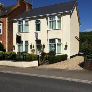 Hotel Pictures: Southcombe Guesthouse, Sidmouth