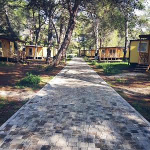 Hotelbilleder: Mobile homes Adriatic Camping Brijuni - Pineta**, Fažana