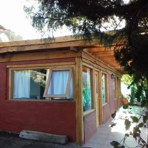Hotellikuvia: Hospedaje Los Enebros, Villa Traful