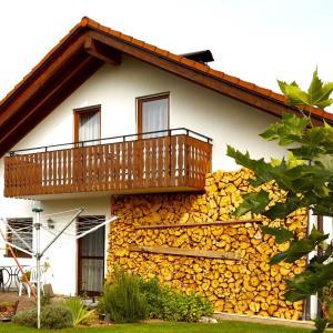 Hotel Pictures: Ferienwohnung Beatrice Leu, Öhningen