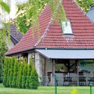 Hotel Pictures: Ferienhaus am Klostergrund, Malchow