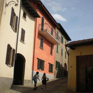 Hotel Pictures: Appartamento TieMi, Coldrerio
