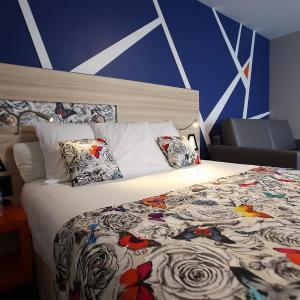 Hotel Pictures: Best Western Hotel De Paris, Laval