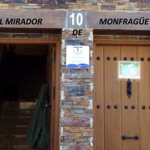 Hotel Pictures: El Mirador de Monfragüe, Villarreal de San Carlos