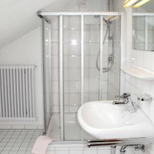 Hotel Pictures: Bauernhaus Marianne 100W, Buchenberg