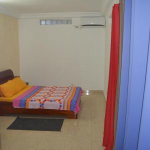 Hotel Pictures: Appartement 3P Meublé Aéroport Cité Sipim Atlandide, Abidjan