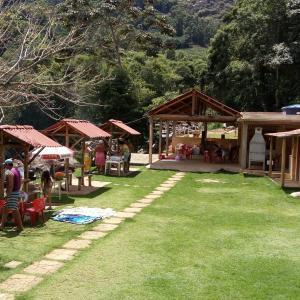 Hotel Pictures: Camping Recanto Rio Claro, Príncipe