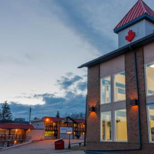 Hotel Pictures: BCMInns - Peace River, Peace River