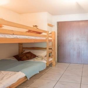Hotel Pictures: Apartment Jardins alpins, Le Bez