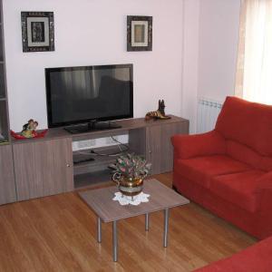 Hotel Pictures: Apartamentos Turísticos Casa Paco, Aldeanueva de Ebro