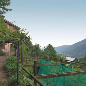 Hotel Pictures: Holiday Home Studio al vigneto, Rovio