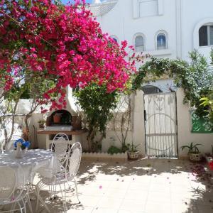 Hotel Pictures: Apartment Land & Sea Bungalow, El Campello
