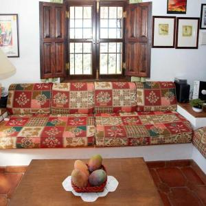 Hotel Pictures: Holiday Home La Reserva, Frigiliana