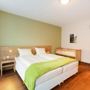 Hotel Pictures: Apartment Wohntel.22, Sevelen