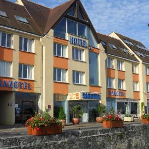 Hotel Pictures: Hôtel Sanotel, Gien