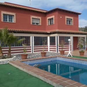 Hotel Pictures: Holiday Home CASA MIRADOR DE ARANJUEZ, Seseña Nuevo