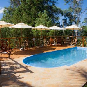 Hotel Pictures: Pousada Farol da Serra, Macacos