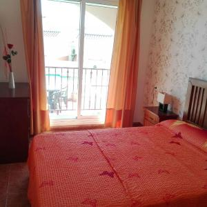 Hotel Pictures: Apartment Edelweis, Alcanar
