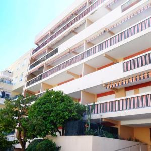 Hotel Pictures: Apartment Le Gallaté, Golfe-Juan