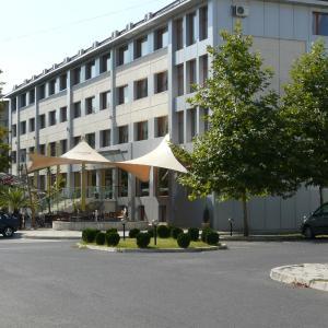 Фотографии отеля: Hotel Ustra, Kŭrdzhali