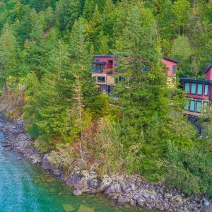 Hotel Pictures: The Lodge on Harrison Lake, Harrison Hot Springs