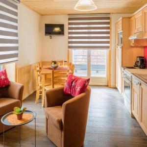 Hotel Pictures: Dvacances Résidence les tavaillons, Mijoux