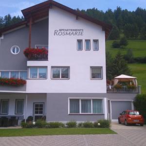 Hotellikuvia: Appartements Rosmarie, Fendels