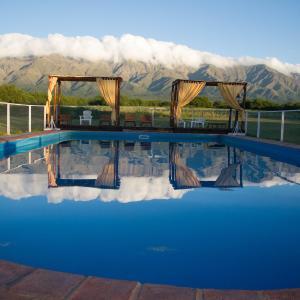 Hotel Pictures: complejo valle de las rosas, Villa Las Rosas