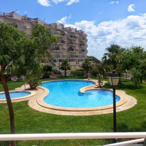 Hotel Pictures: Appartement Espagne, El Campello