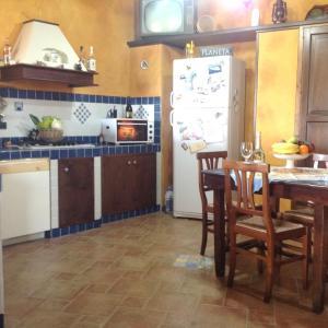 Hotel Pictures: Locazione turistica Il Melograno, Menfi