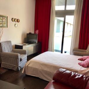 Hotel Pictures: Apartamento Maria, Vallecas