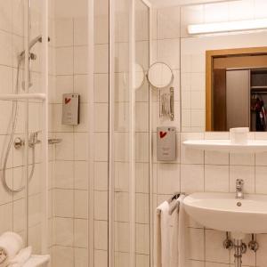 Hotel Pictures: Hotel Die Kleine Blume, Erfweiler