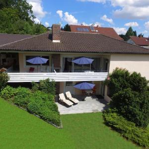 Hotelbilleder: Ferienwohnungen Erika Huber – direkt an der Terme, Bad Birnbach