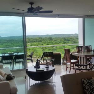 Hotel Pictures: Karibana Beach Golf Condominium, Cartagena de Indias