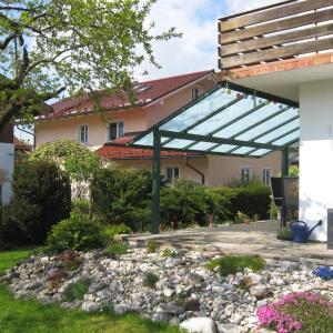 Hotel Pictures: Ferienwohnung Lehnert, Grassau