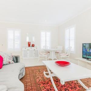 Фотографии отеля: Well appointed luxury apartment, Найсне
