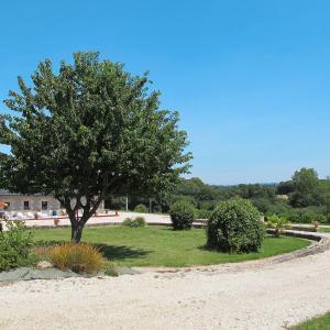 Hotel Pictures: Ferienhaus Plougonven 200S, Plougonven