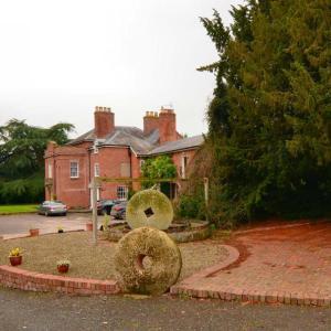 Hotel Pictures: Elm Lodge Bed & Breakfast, Ludlow