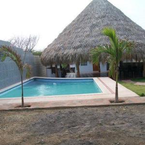 Hotel Pictures: Villa Linda Casa Vacacional, Santa Veronica