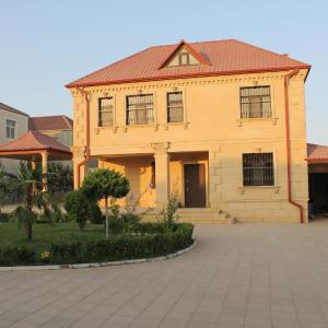 Hotel Pictures: Villaland, Baku