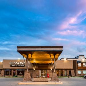 Hotel Pictures: Heritage Inn Hotel & Convention Centre - Taber, Taber